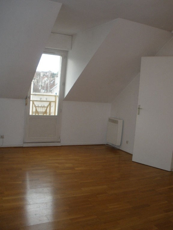 Location appartement Maurecourt 729€ CC - Photo 3