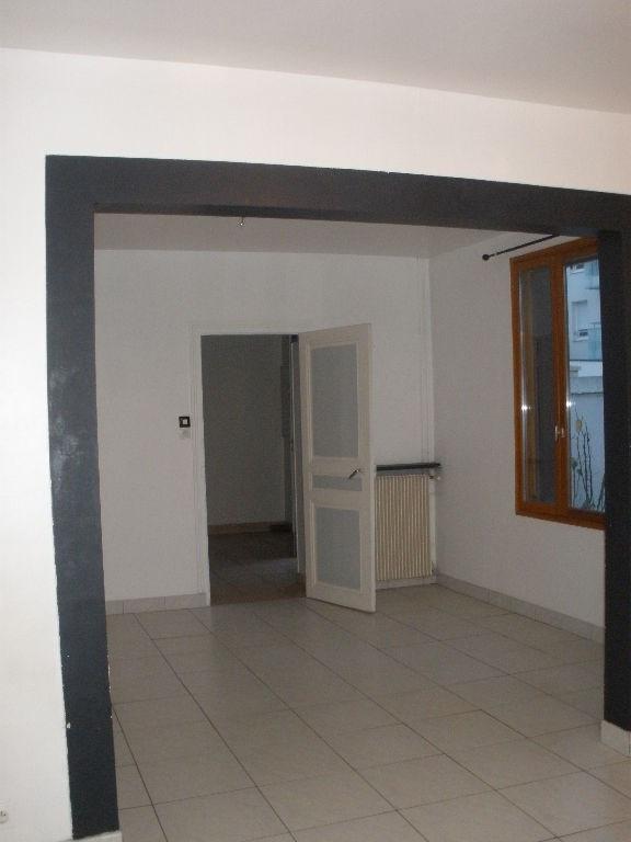 Rental house / villa Acheres 999€ CC - Picture 3