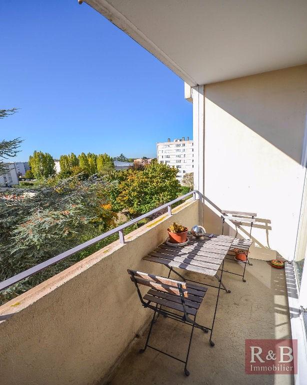 Vente appartement Les clayes sous bois 165000€ - Photo 2