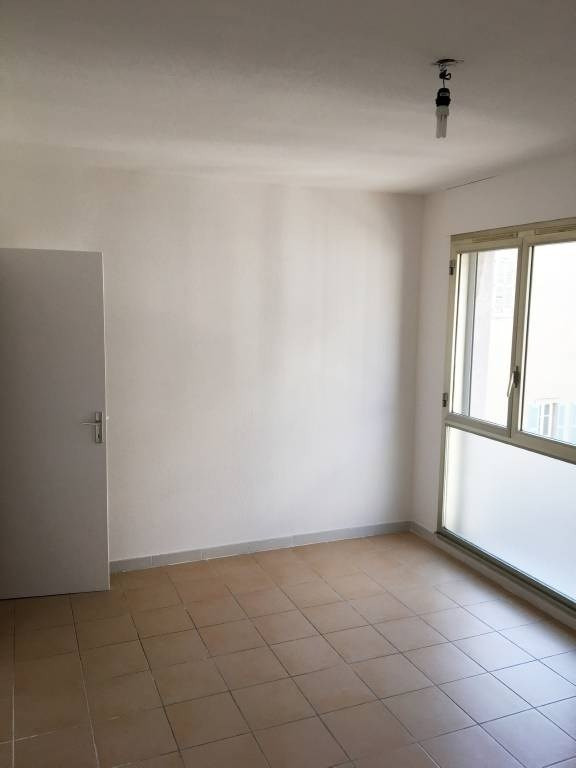 Location appartement Avignon 790€ CC - Photo 5