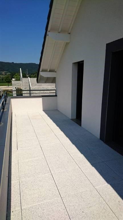 Location maison / villa Les echelles 850€ CC - Photo 7