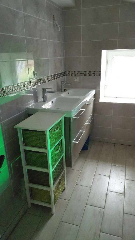 Vente maison / villa Eyzin pinet 157000€ - Photo 6