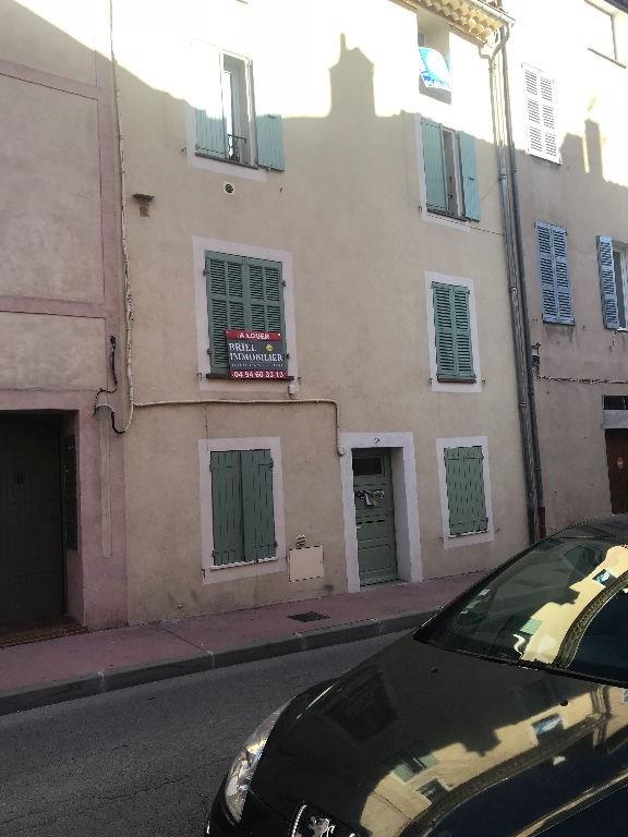 Alquiler  apartamento Le muy 595€ CC - Fotografía 1