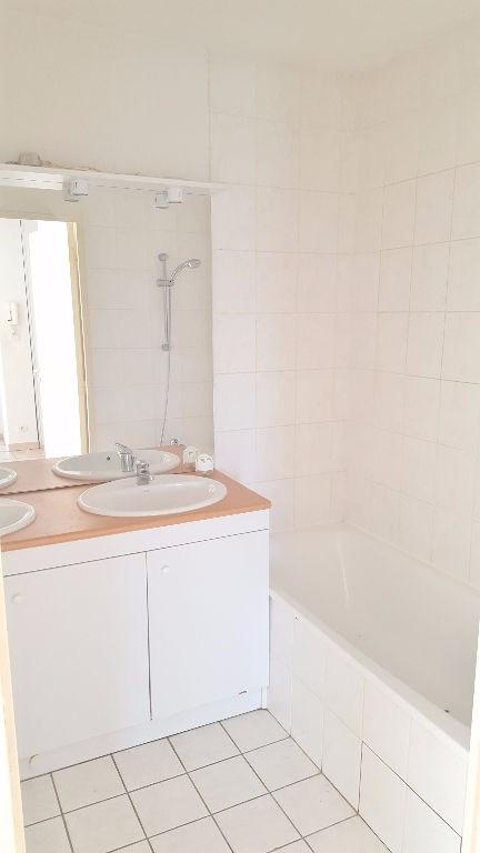 Sale apartment L isle d abeau 120000€ - Picture 3