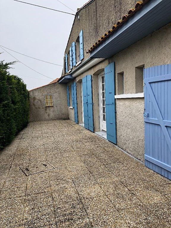 Vente maison / villa Le chay 178500€ - Photo 15