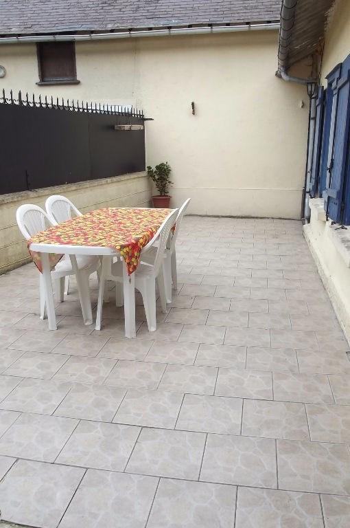 Sale house / villa Crevecoeur le grand 127000€ - Picture 6