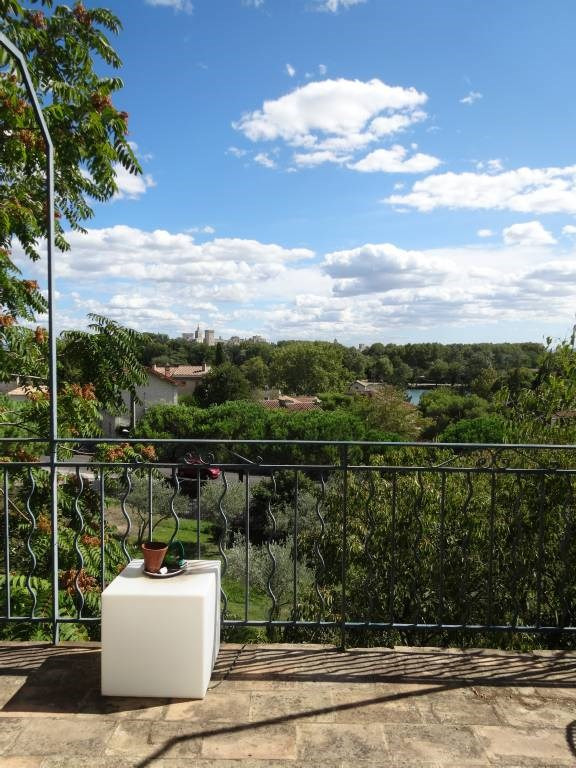 Location appartement Villeneuve-les-avignon 880€ CC - Photo 10