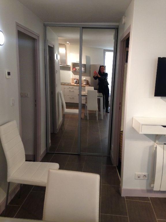 Location appartement Saint germain en laye 905€ CC - Photo 5