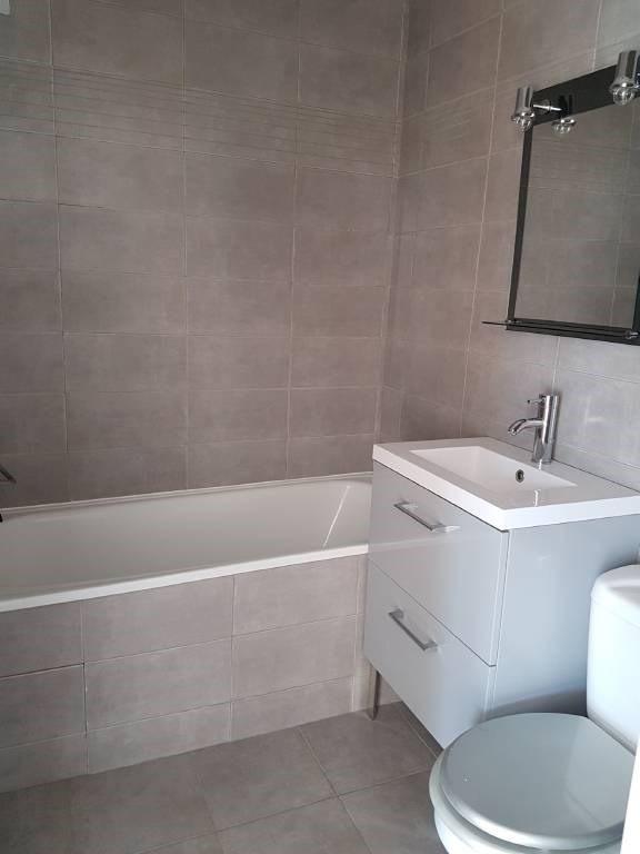 Rental apartment Avignon 438€ CC - Picture 6