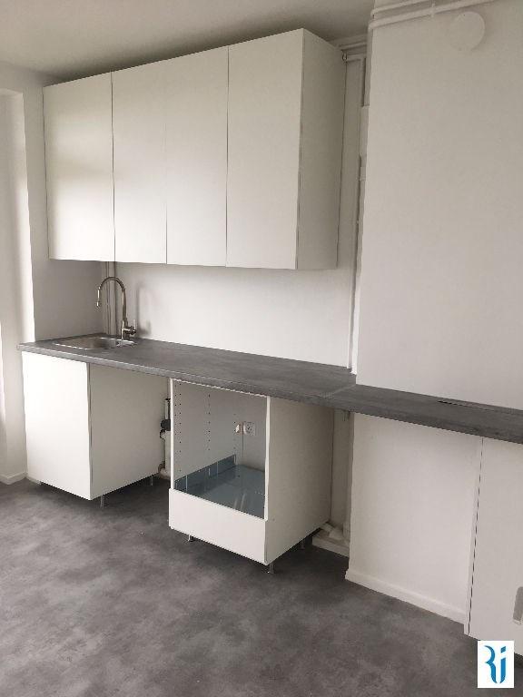 Vendita appartamento Mont st aignan 117000€ - Fotografia 1