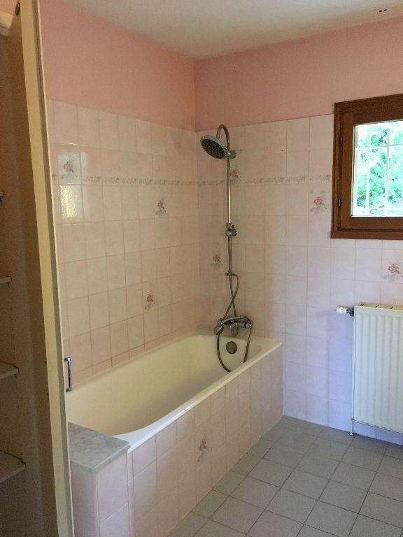 Rental house / villa Bourgoin jallieu 902€ CC - Picture 6