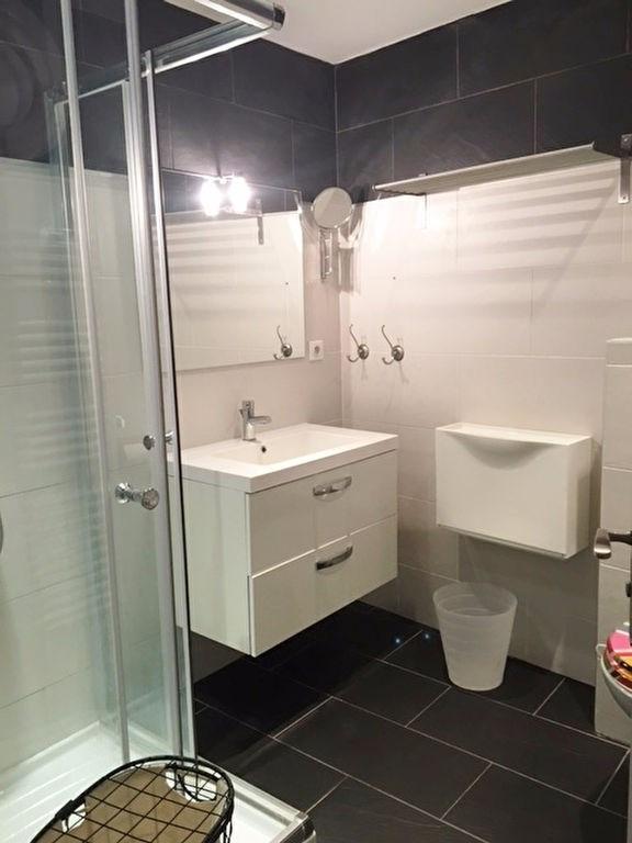 Location appartement Saint germain en laye 905€ CC - Photo 8