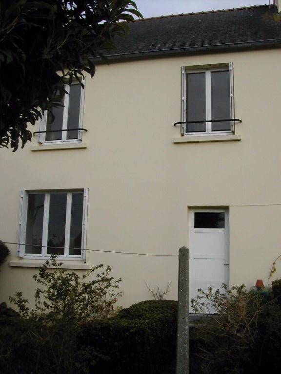 Rental house / villa Pont l abbe 550€ CC - Picture 1