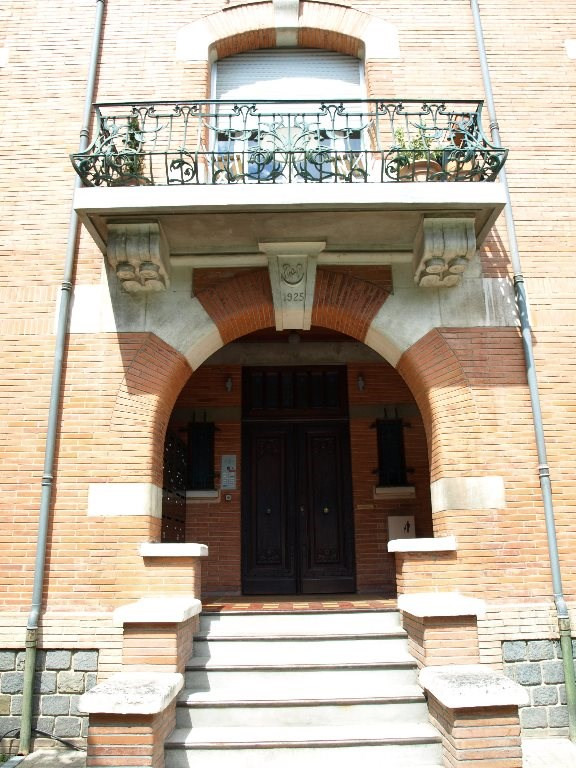 Sale apartment Toulouse 179 000€ - Picture 1
