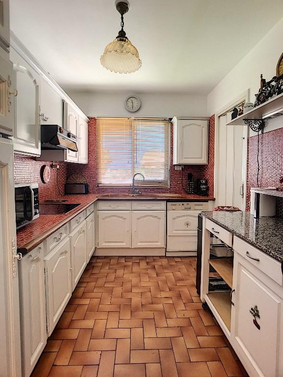 Sale apartment Saint laurent du var 348000€ - Picture 4