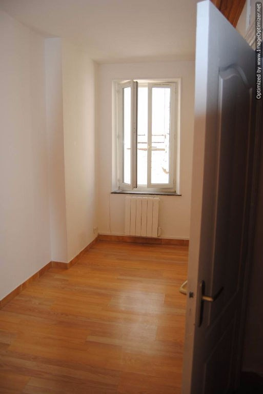Location maison / villa Alzonne 490€ CC - Photo 5
