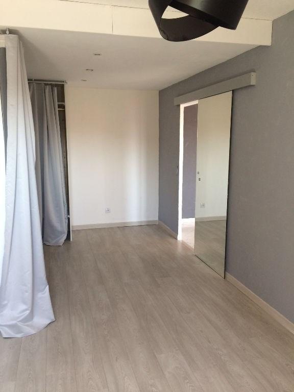 Verhuren  appartement Nice 753€ CC - Foto 3