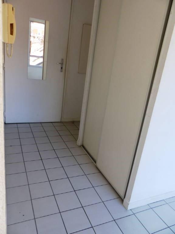 Location appartement Grenoble 390€ CC - Photo 6