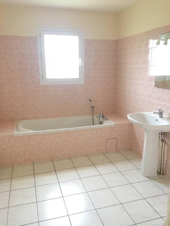 Rental house / villa Libourne 616€ CC - Picture 2