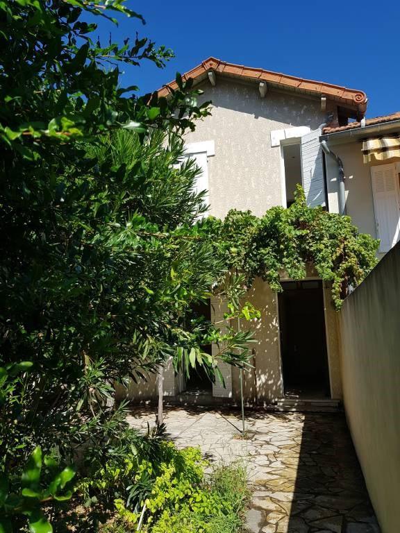 Rental house / villa Avignon 950€ CC - Picture 2