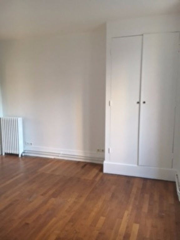 Rental apartment Le vesinet 1 048€ CC - Picture 4