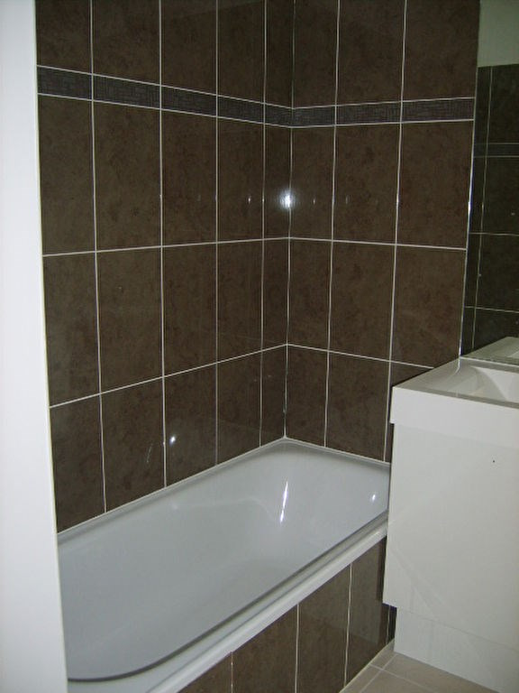 Rental apartment Cagnes sur mer 1056€ CC - Picture 6