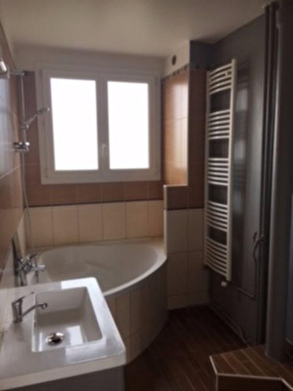 Location appartement Saint germain en laye 1105€ CC - Photo 3