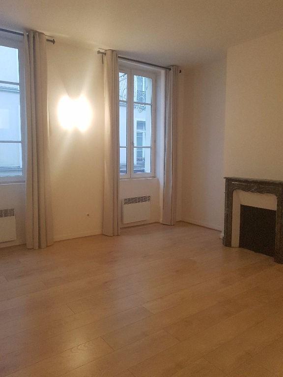 Rental apartment St germain en laye 1000€ CC - Picture 1