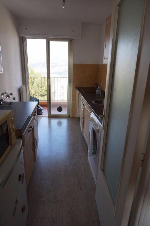 Vendita appartamento Saint laurent du var 212000€ - Fotografia 2
