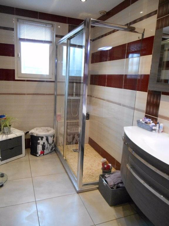 Sale house / villa Grez 229000€ - Picture 5