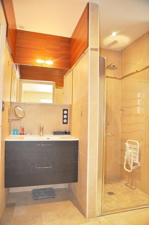 Deluxe sale house / villa Saint berthevin 582000€ - Picture 14