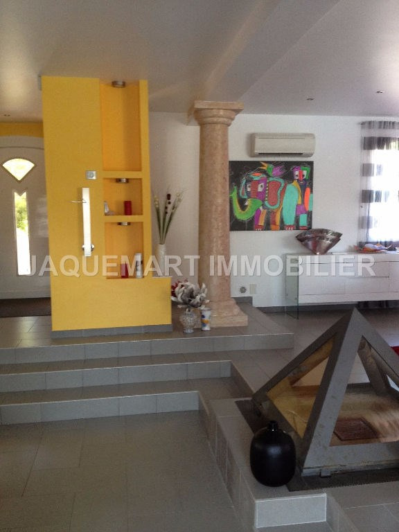 Vacation rental house / villa Lambesc 2 200€ - Picture 11