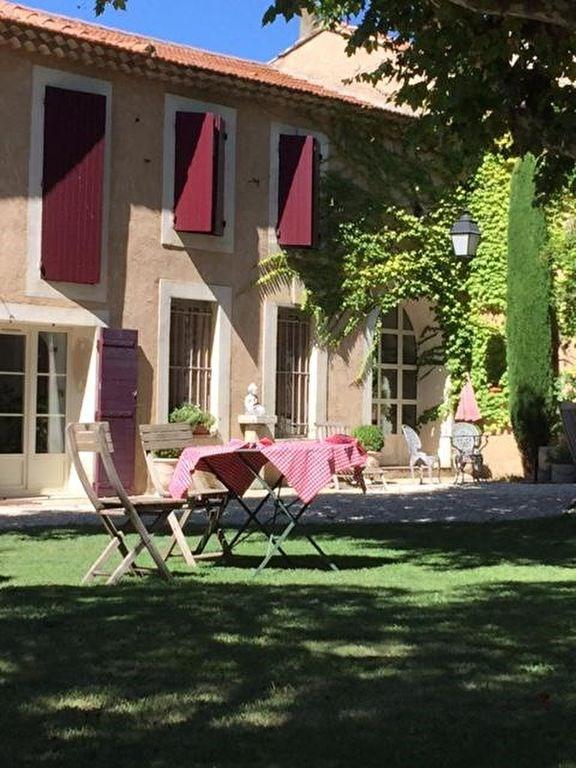 Deluxe sale house / villa Chateaurenard 690000€ - Picture 1