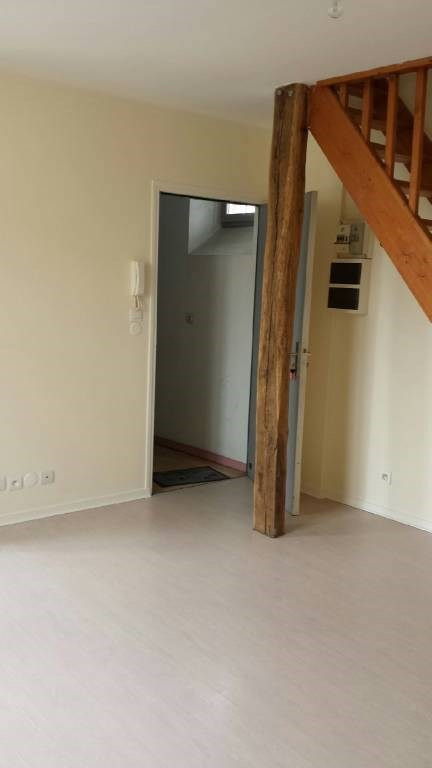 Rental apartment Arpajon 591€ CC - Picture 2