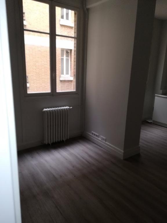 Location appartement Paris 6ème 940€ CC - Photo 1