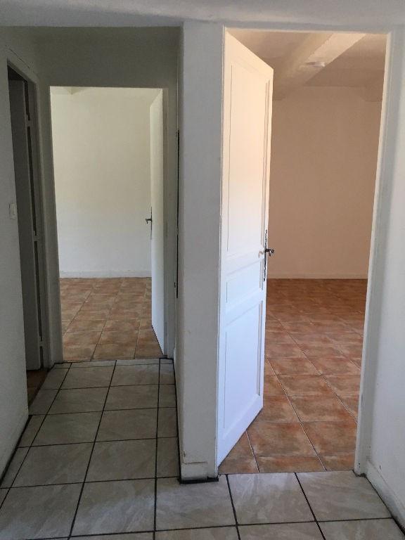 Alquiler  apartamento Mallemort 650€ +CH - Fotografía 5