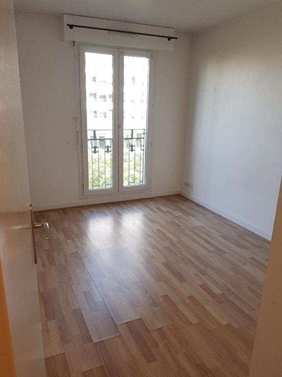 Location appartement Montrouge 1051€ CC - Photo 2