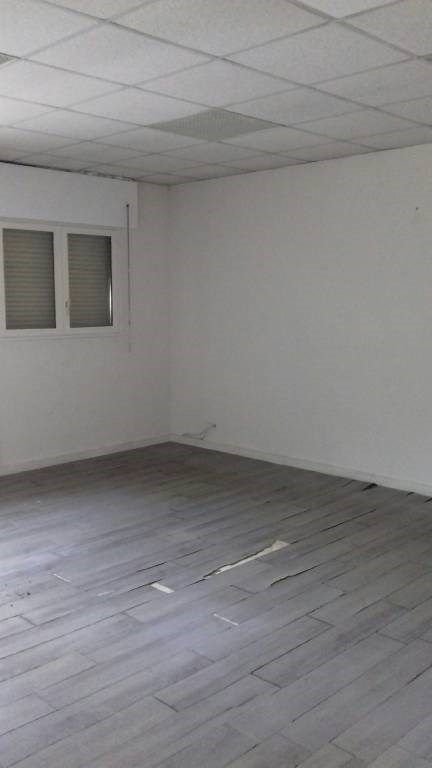 Vente local commercial Avignon 240 000€ - Photo 5