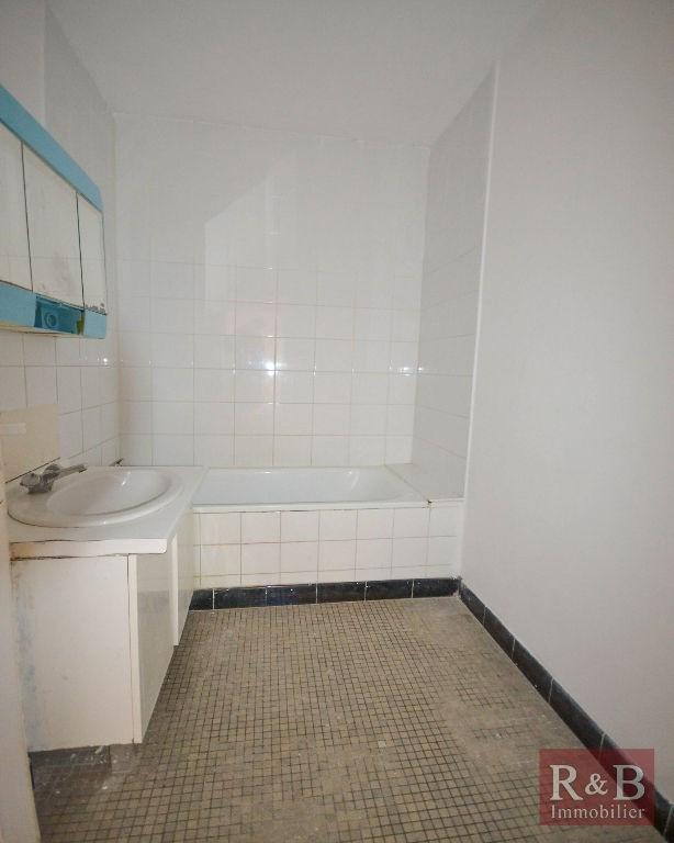 Sale apartment Les clayes sous bois 150000€ - Picture 5