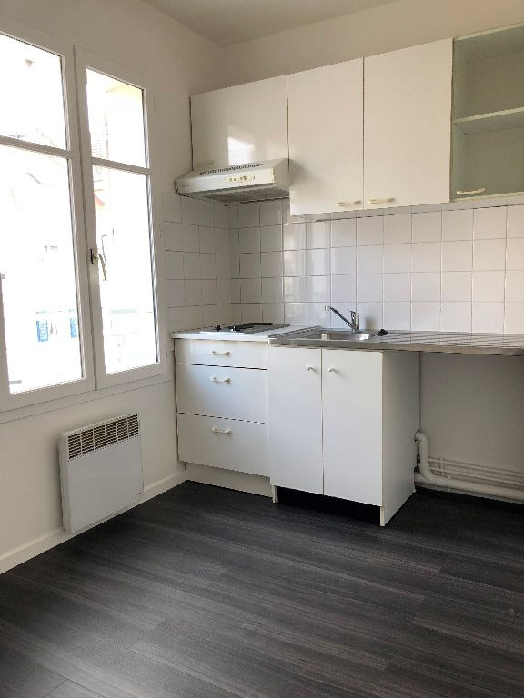 Location appartement Carrieres sous poissy 595€ CC - Photo 3