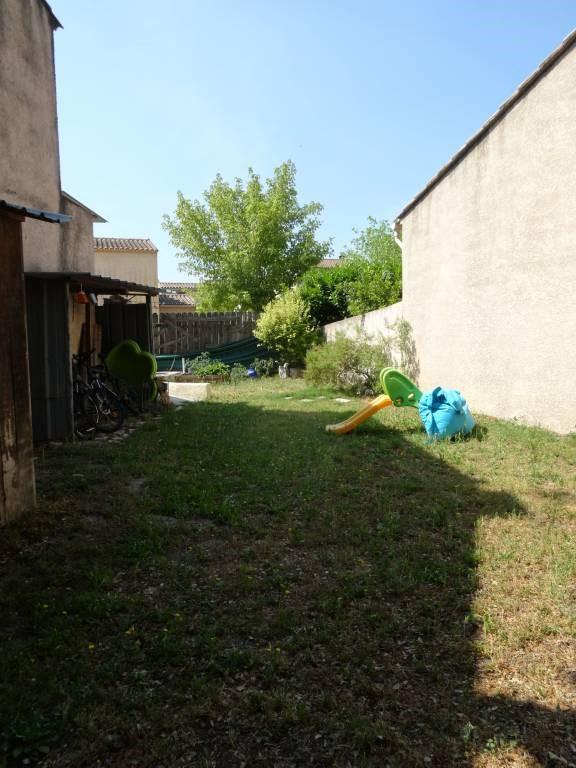 Rental house / villa Rochefort-du-gard 888€ CC - Picture 2