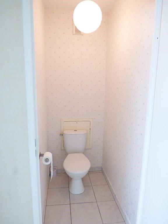 Rental apartment Saint loubes 705€ CC - Picture 6