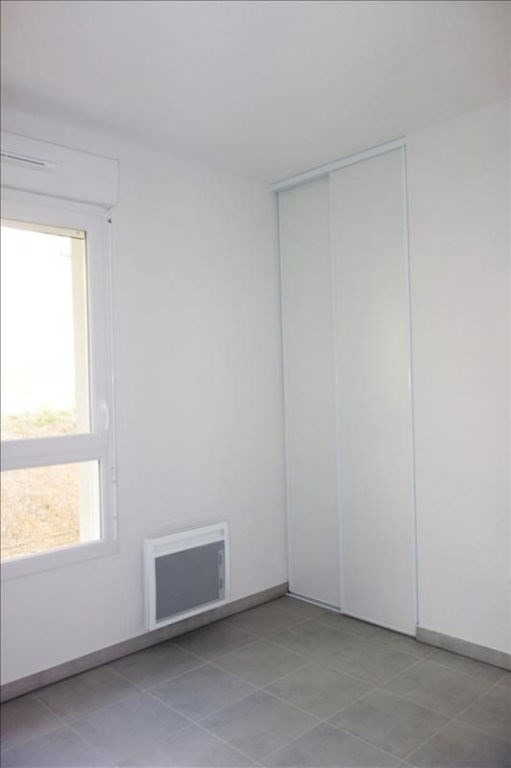 Rental apartment Londe les maures 674€ CC - Picture 5