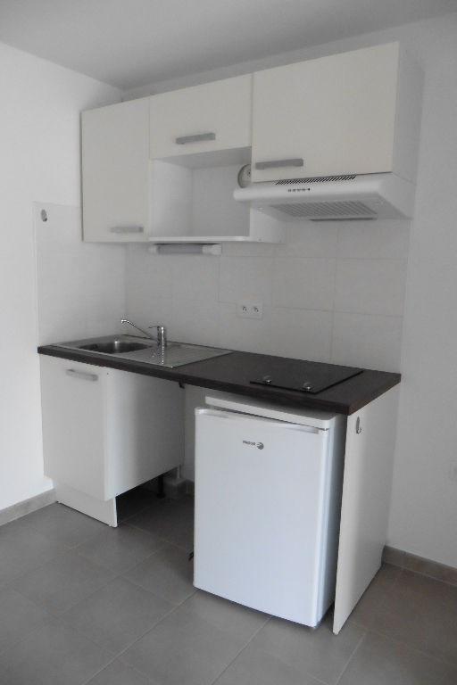 Sale apartment Pont l abbe 143100€ - Picture 2