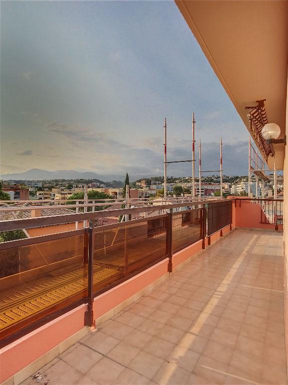 Vendita appartamento Cagnes sur mer 450000€ - Fotografia 9