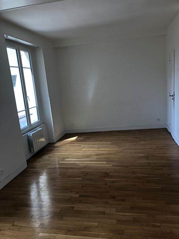 Rental apartment Saint germain en laye 750€ CC - Picture 2