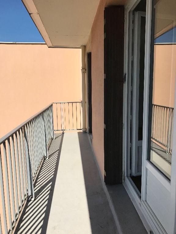 Location appartement Bourgoin jallieu 650€ CC - Photo 3