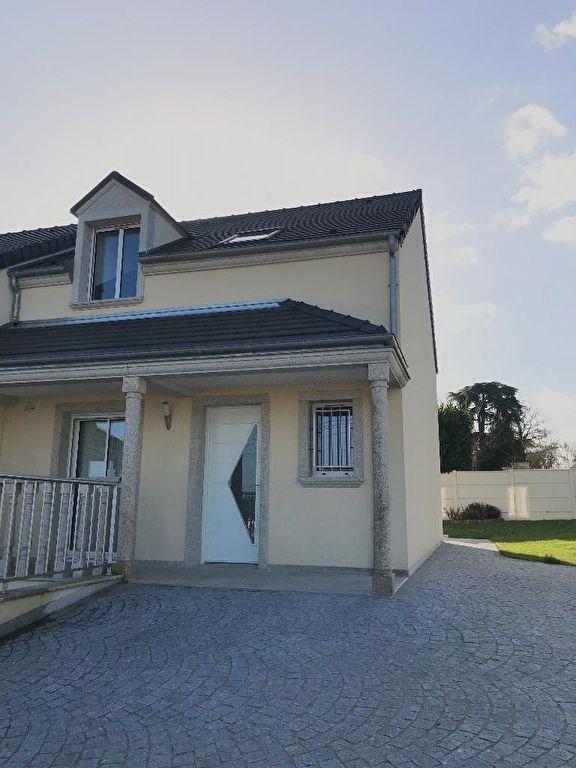 Locação casa La ville du bois 1310€ CC - Fotografia 11