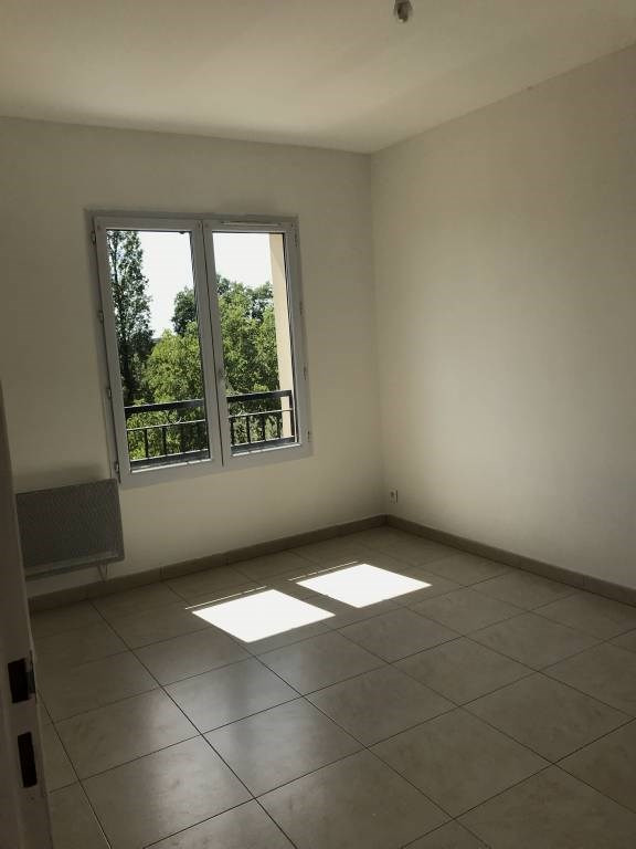 Rental apartment Linas 721€ CC - Picture 5