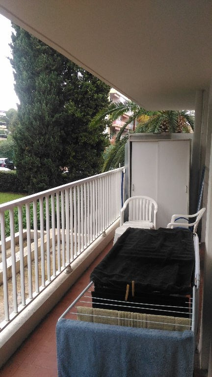 Location appartement Cagnes sur mer 597€ CC - Photo 5